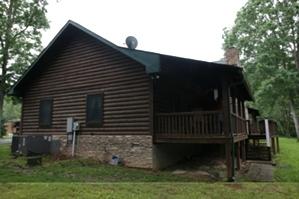 LogDoctors Log Home Staining